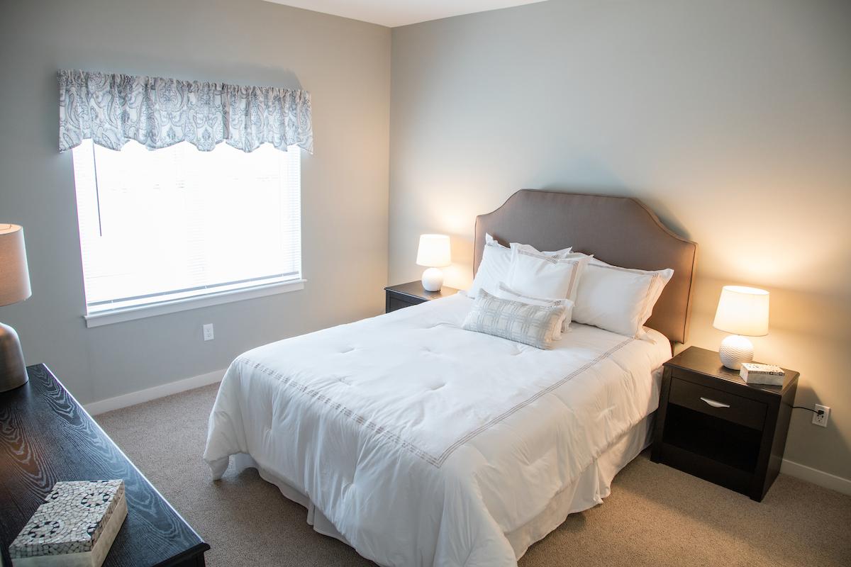 Windsor Station Apartments Bedroom